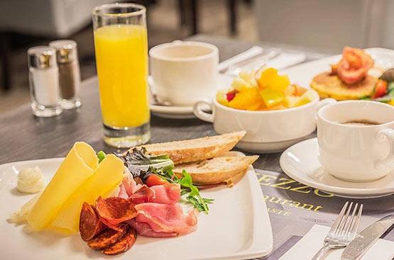Ízletes és egészséges büfé reggeli